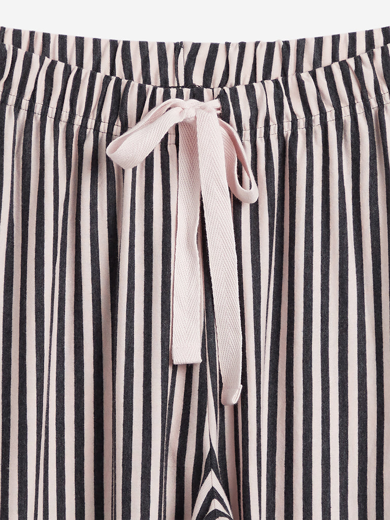 Wunderlove Black Striped Pyjamas
