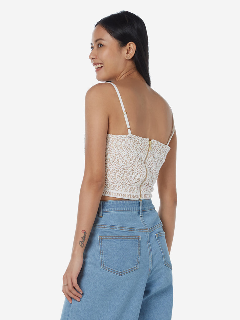 Nuon White Lace Design Kyani Crop-Top