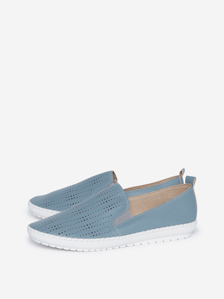 LUNA BLU Blue Cut-Out Detailed Loafers