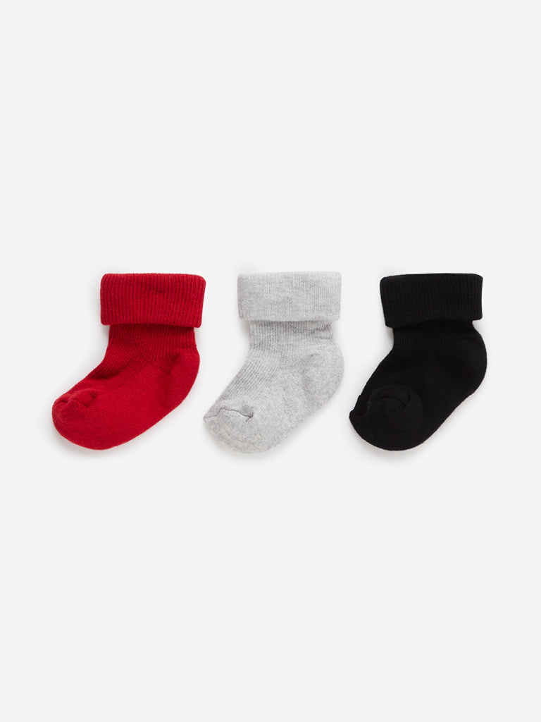 Baby HOP Red Pack Of Three Baby Boy Socks