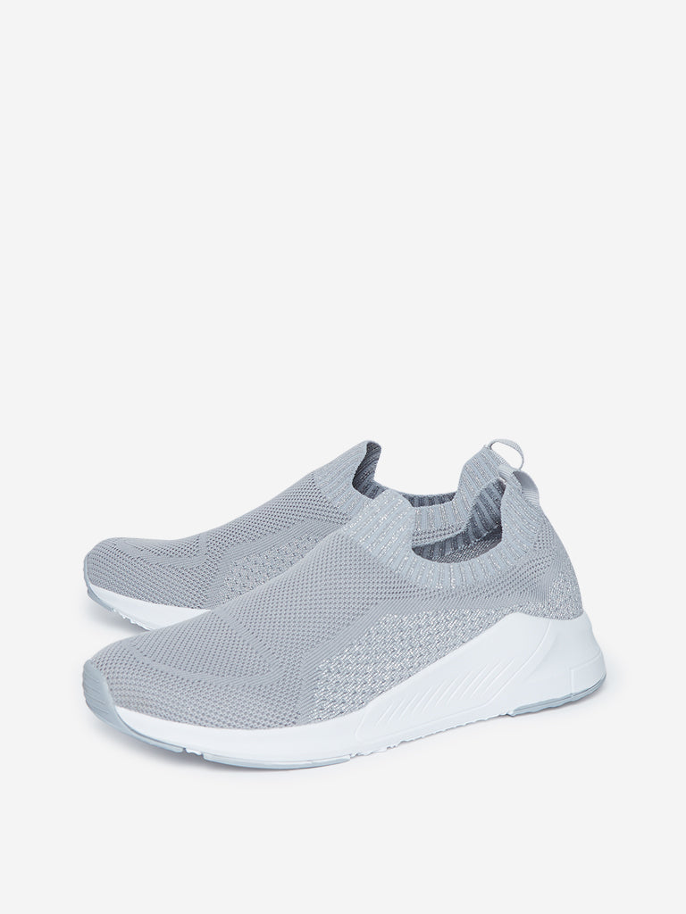 LUNA BLU Grey Knit Design Slip-On Sneakers
