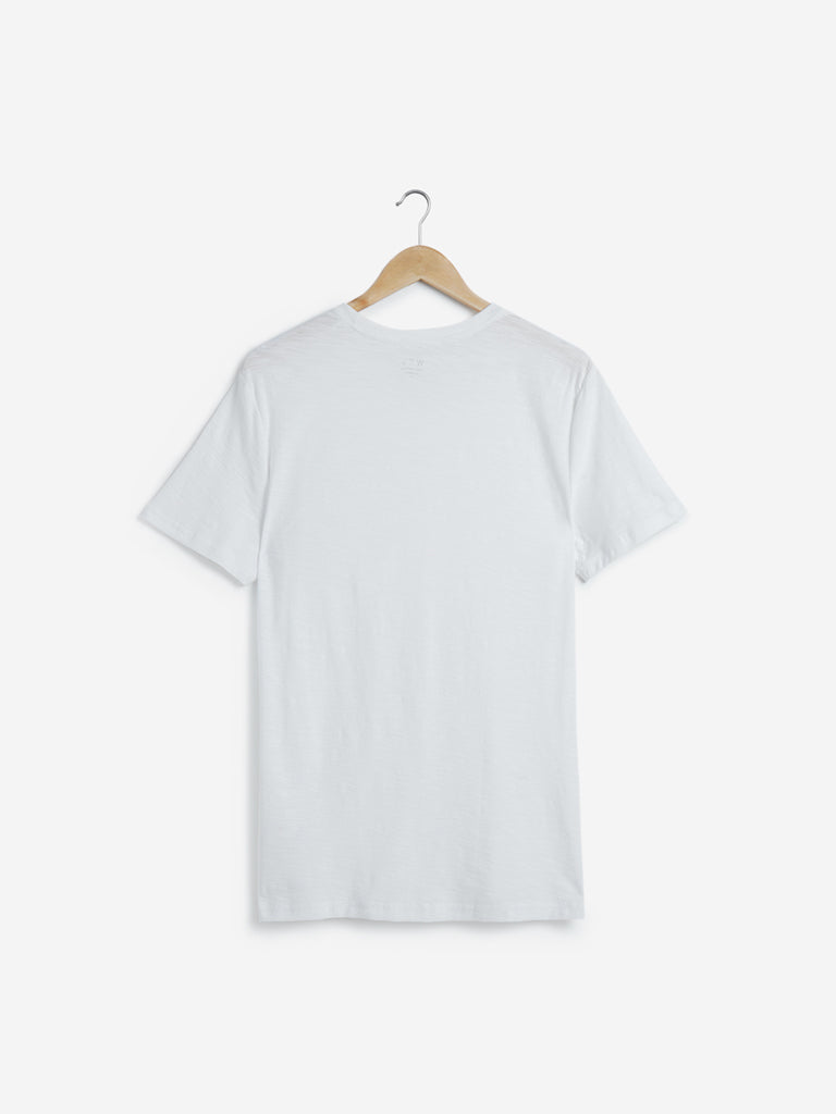 WES Casuals White Slim Fit Pure Cotton T-Shirt