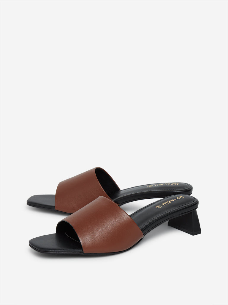 LUNA BLU Brown Peep-Toe Sandals