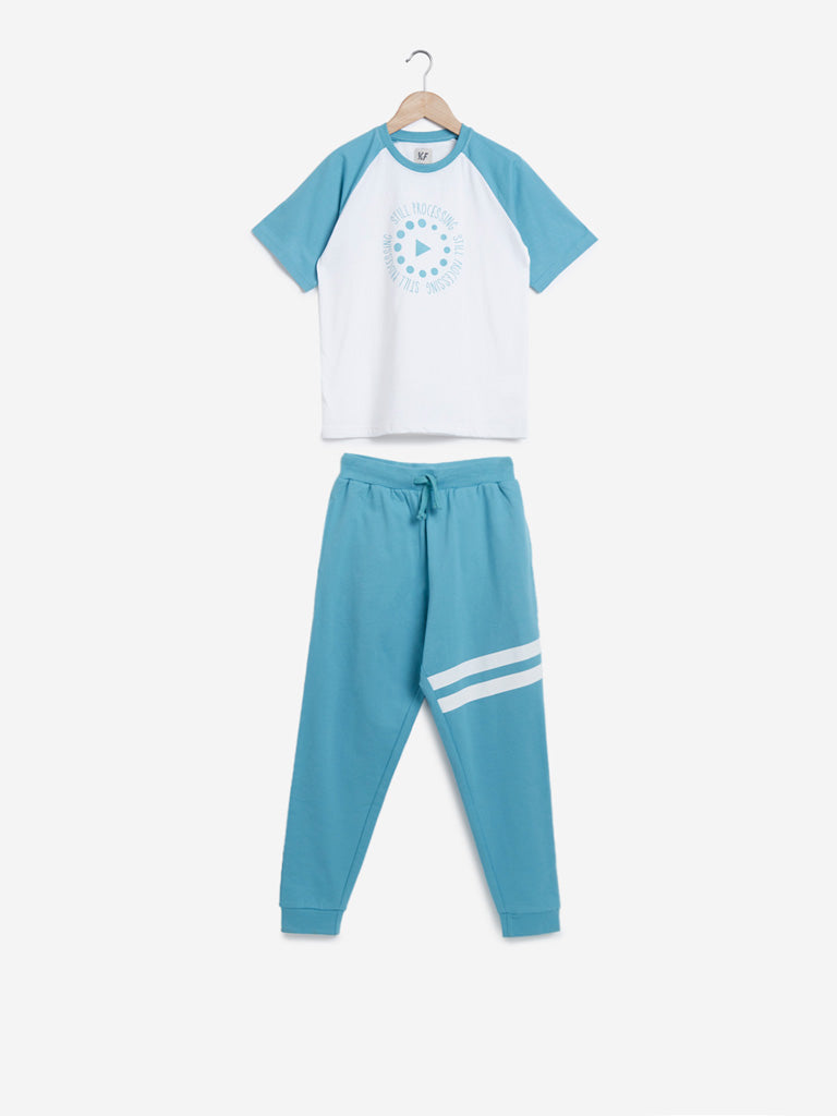 Y&F Kids Turquoise T-Shirt And Pants Set