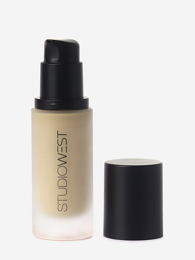 Studiowest Praline  Weightless Matte Foundation