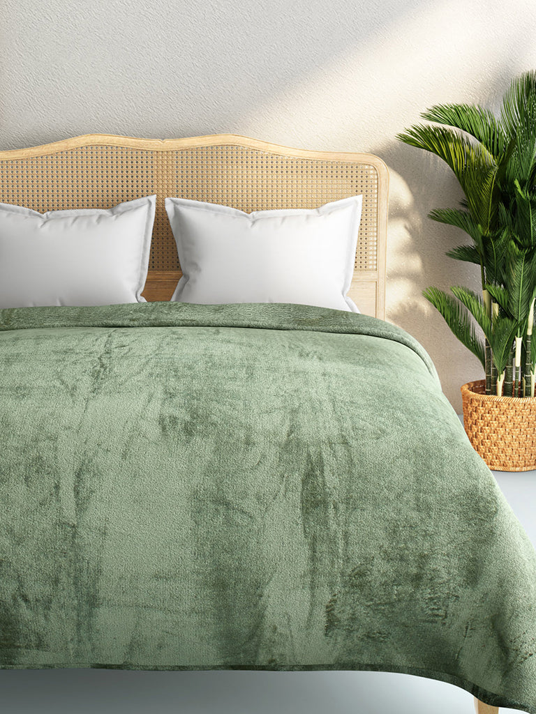 Westside Home Mint Green Double Quick-Dry Fleece Blanket