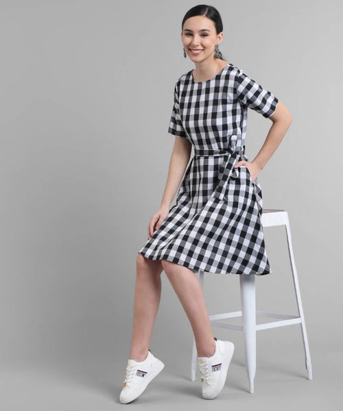 Elizy Women Black Check Printed Short Dress