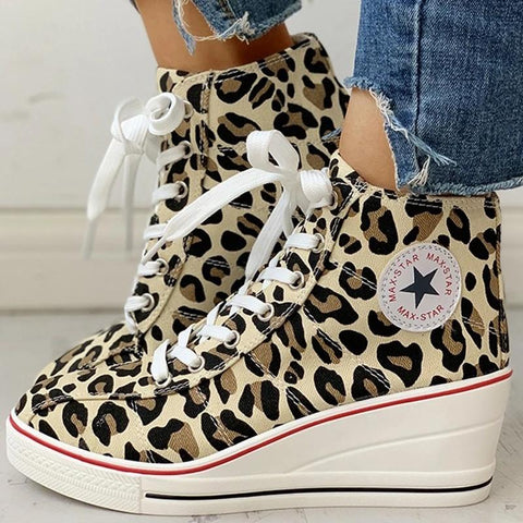 Women Canvas Lace-Up Chunky Heel Sneakers