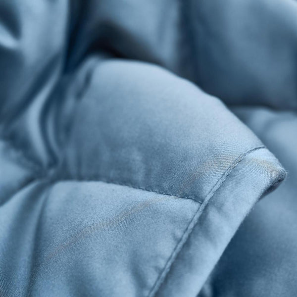 How to Stay Cool With A Weighted Blanket