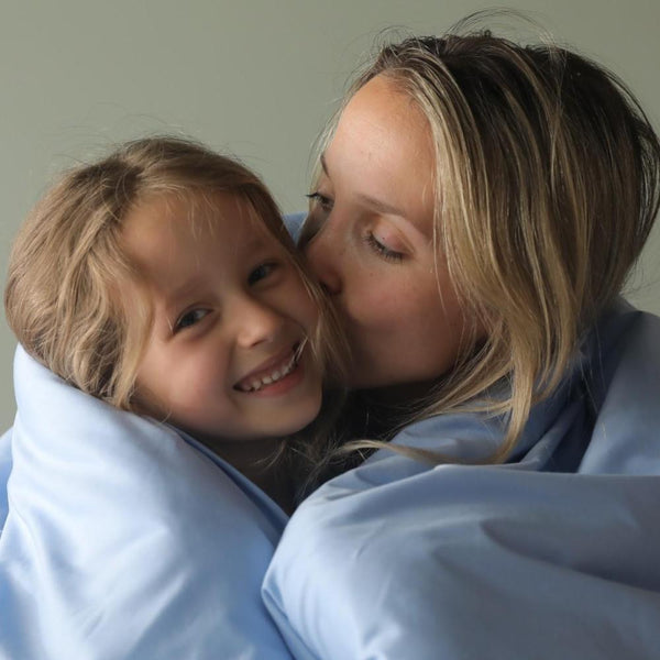4 Reasons Weighted Blankets are the Perfect Gift