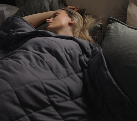 Woman Sleeping With Dark Grey YNM Weighted Blanket