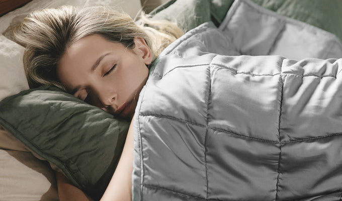 Woman Sleeping With A Light Grey YNM Weighted Blanket