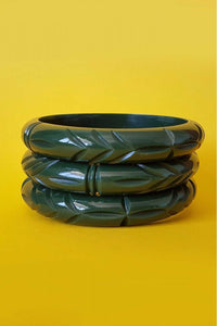 Bow & Crossbones - Elsie Carved Retro Marbled Fakelite Bangle - Dark Green