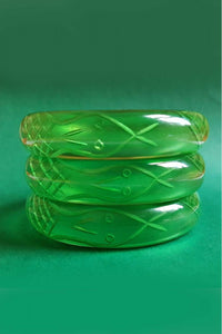 Bow & Crossbones - Sally Snake Retro Charmer Fakelite Bangle - Green