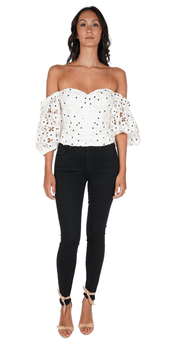 Daisy Lace Puff Sleeved Top
