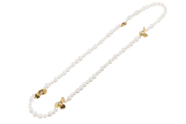 Freshwater Pearl Trillium Necklace