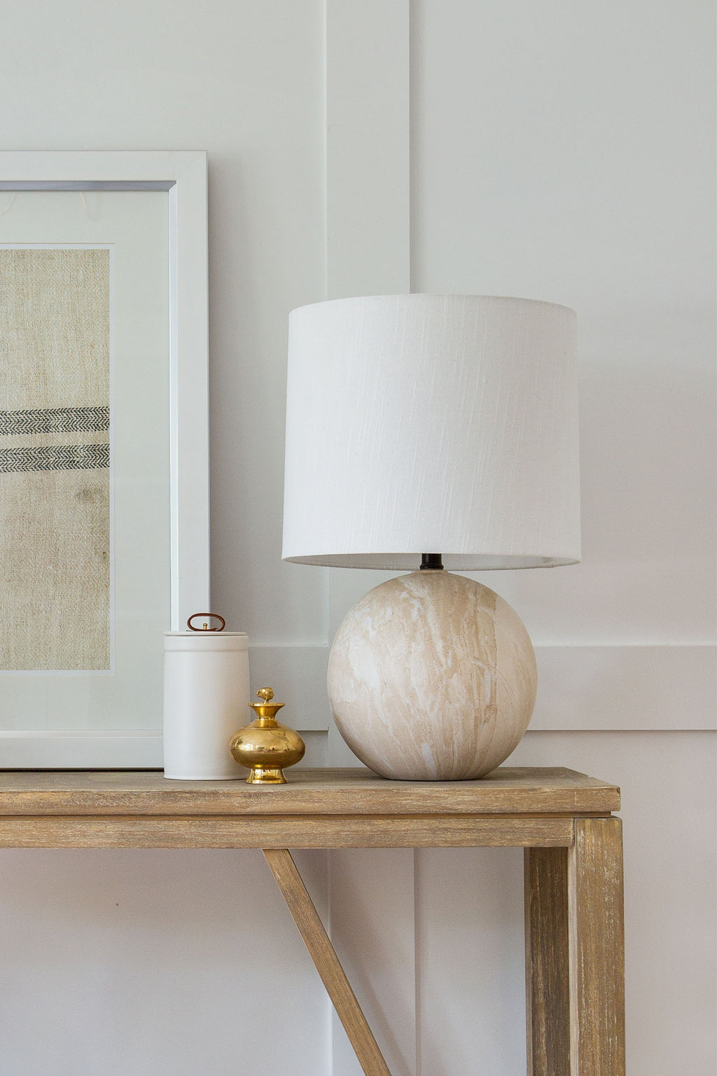 Hugh Table Lamp