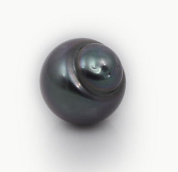 green tahitian cultured pearl