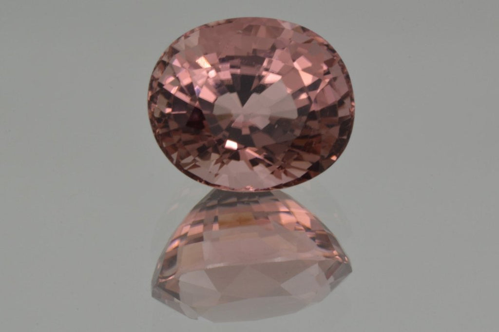 Crown of Peach Pink Tourmaline  Oval Cut 5'84 ct