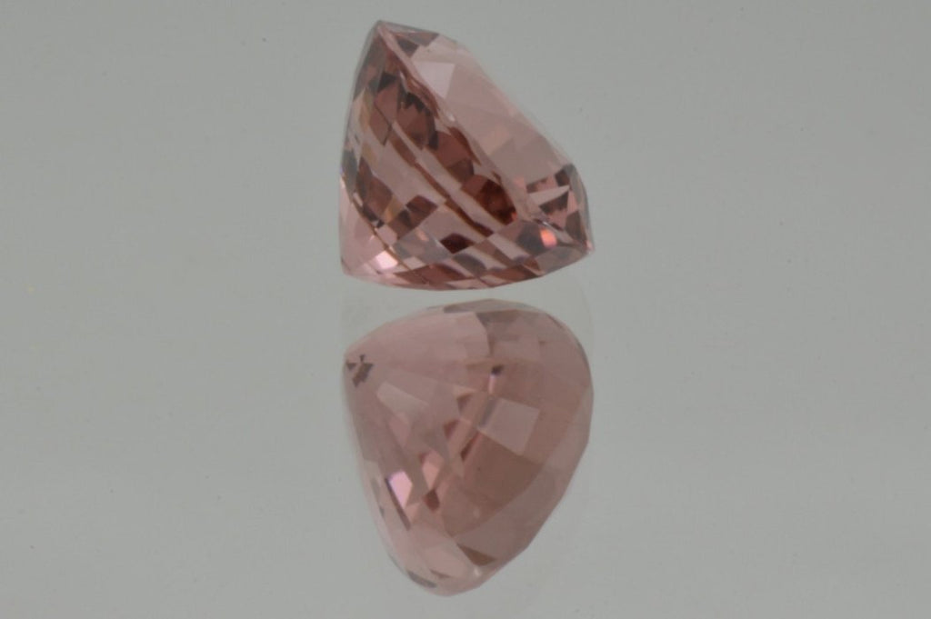 Girdle of Peach Pink Tourmaline  Oval Cut 5'84 ct