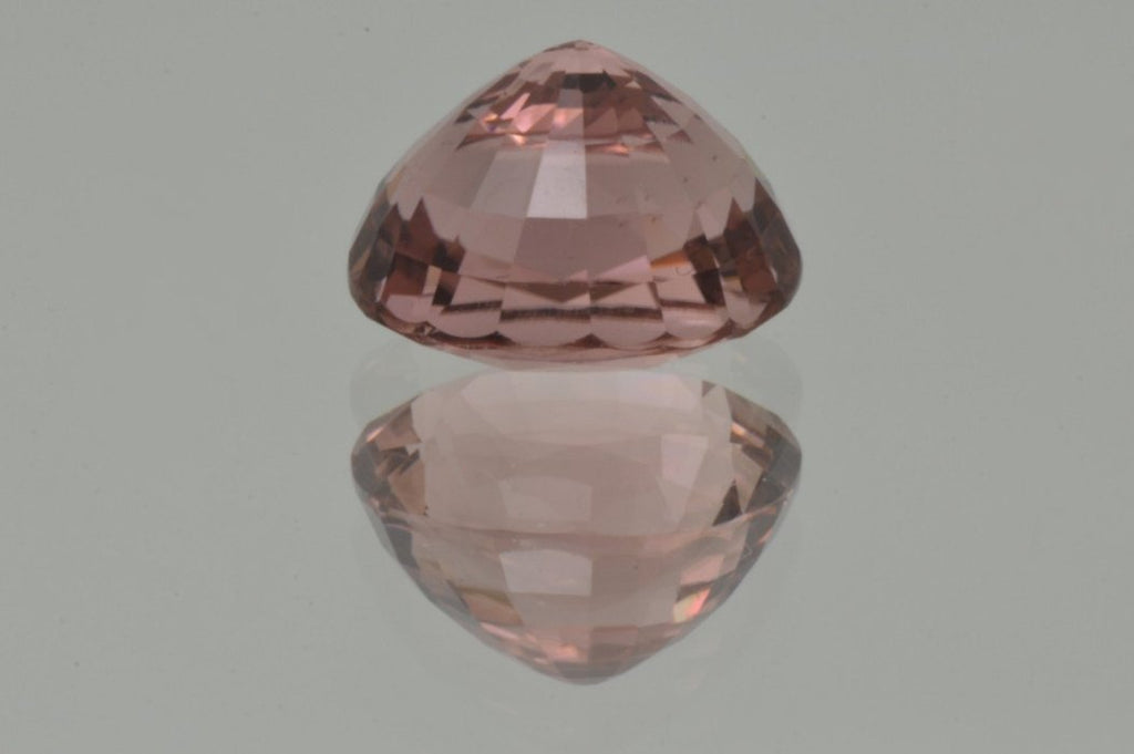 Pavilion of Peach Pink Tourmaline  Oval Cut 5'84 ct