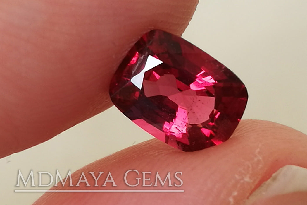 Amazing Rich Red Spinel Gemstone. Cushion Cut. 1.34 ct