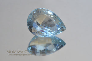 Fine Blue Aquamarine Pear cut 8.00 ct