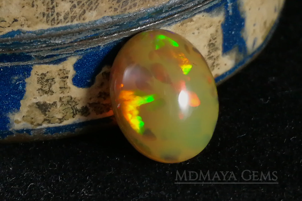 Rare and Stunning Welo Opal 2.49 ct with a honeycomb patter