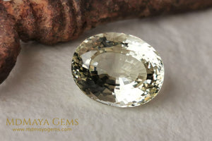 Greenish Yellow Heliodor Gemstone. Oval cut. 5.53 ct.