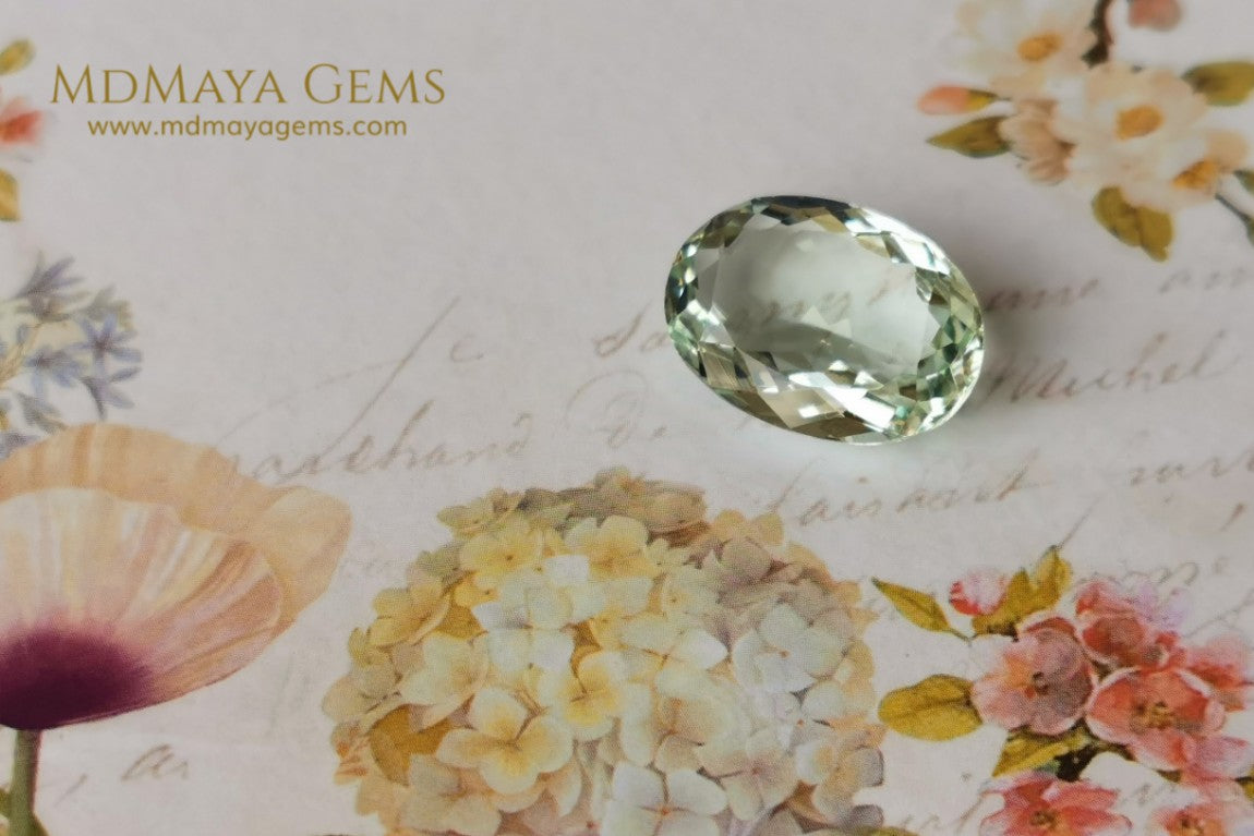 Natural Yellowish Green Beryl Gemstone. 8.39 ct.