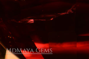 Inclusions in Brilliant luster Natural Rich Red Burmese Spinel! Oval cut. 1.30 ct.