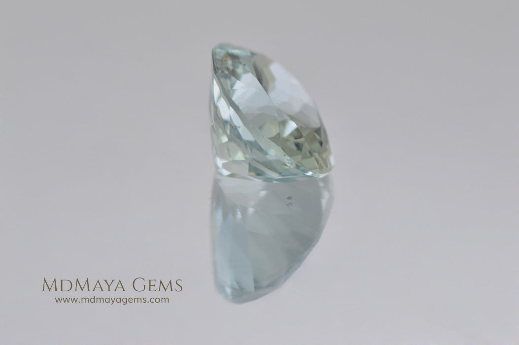 Greenish blue Aquamarine Oval cut 2.28 ct