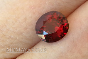 Brilliant luster Natural Rich Red Burmese Spinel! Oval cut. 1.30 ct.