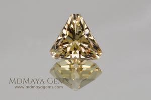 Yellow Oregon Sunstone Gem Fancy Cut 4.79 ct