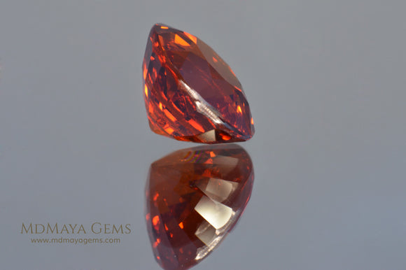 Amazing Orange Spessartite Garnet Oval cut 9.24 ct