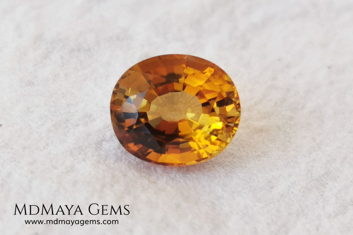 Natural Orange Tourmaline from Tanzania. 1.25 ct. Oval cut. This gem shows a beautiful pleochroism, it will be amazing in a ring. A beautiful natural gemstone without any treatment within affordable for all.