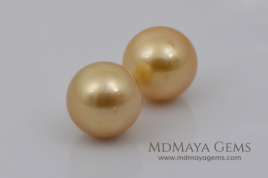 Golden South Sea Pearls Pair 18.78