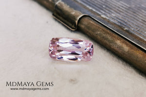 Nice Kunzite with a very bright and vivid color. This beautiful pink gem of 7.56 ct, has an elongated cushion cut that will look spectacular in any type of jewelry