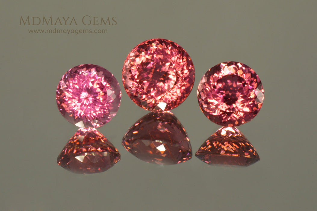 Beautiful Set of 3 Natural Pink Tourmaline Gemstone from Mozambique 5.30 ct set round cut. Perfect for earrings and ring (color under daylight)