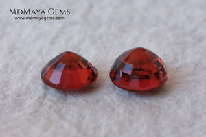 Dark Reddish Orange Spessartite Garnet Pair. 2.69 ct. Round cut. This pair of spessartites show a very saturated color and an incredible brightness, they will be amazing on some earrings. Pure color.