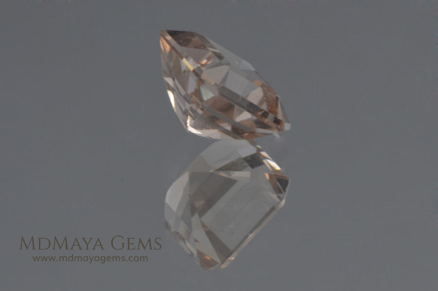 Salmon to peach Morganite Square cut 2.39 ct