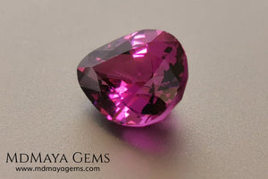Umbalite 1.81 ct pear cut. This beautiful rhodolite garnet has the best color, a vivid and saturated purple full of bright and life, this gemstone will look really beautiful on a ring or any piece of jewelry that you design. A natural and untreated gem at the best price.