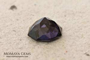 Beautiful Violetish Purple Spinel. Octagon Cut. 2.72 ct. Perfect Gemstone for an engagement ring o wedding ring. This untreated spinel under day light shows a dark purple color and under incandescent light is violetish purple plenty of sparkles. A very special gemstone.
