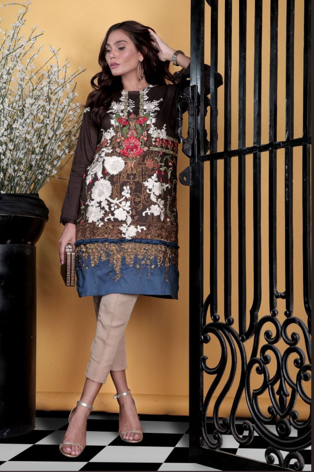 Brown Galore kameez by SanaSafinaz