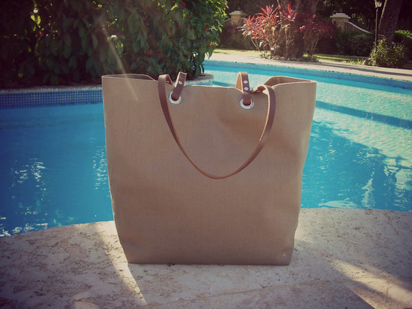 Beach Bag in Taupe Linen by Independent Reign