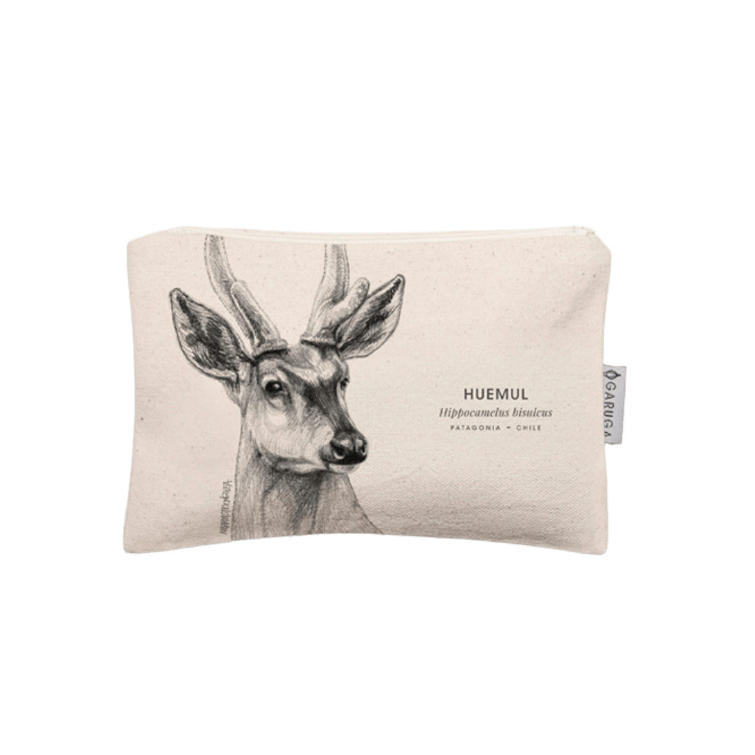 sustainable gifts Garuga Save the chilean deer - case