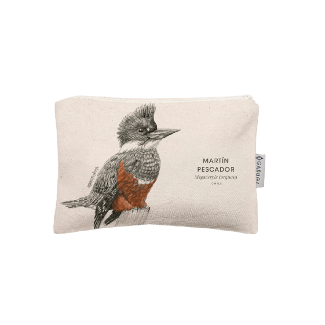 Sustainable gift Garuga case for conservation of kingfisher or martín pescador in Patagonia