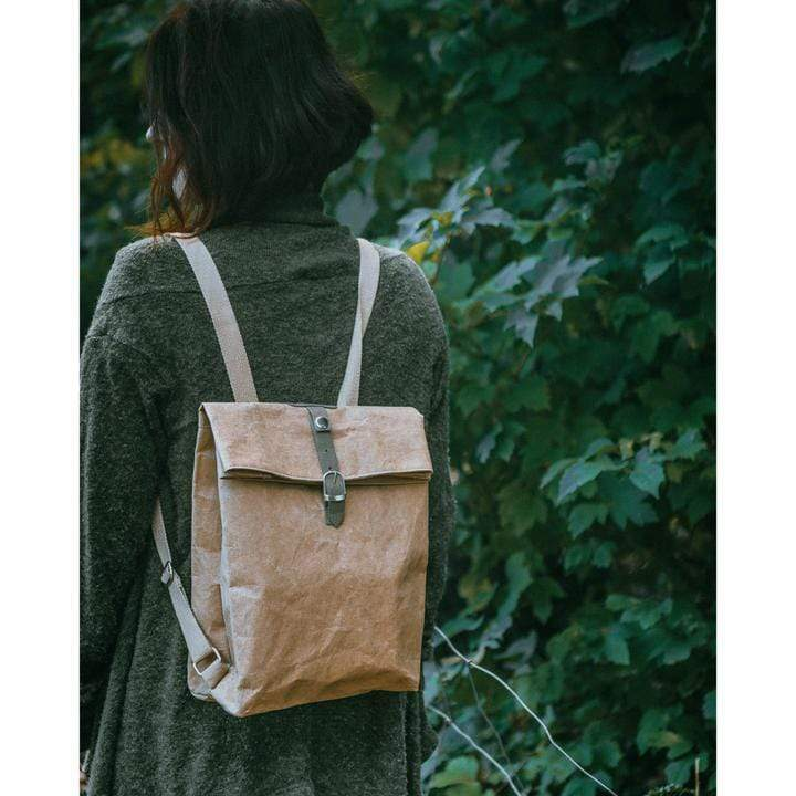 sustainable gifts WAKECup Vegan rucksack - brown