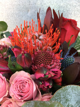Load image into Gallery viewer, AFC Mixed Bouquet