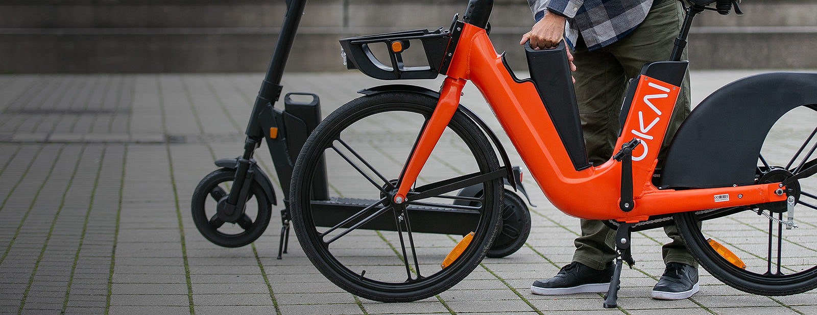 Multimodal services and battery charging management - Shared Micromobility
